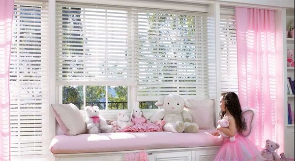 Hunter Douglas Everwood Collection Lng Blinds